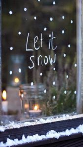 "Word-art that says ""Let it snow."""